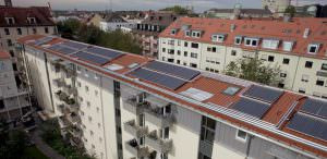 Solare Heizungsunterstützung in einer Wohnanlage in München