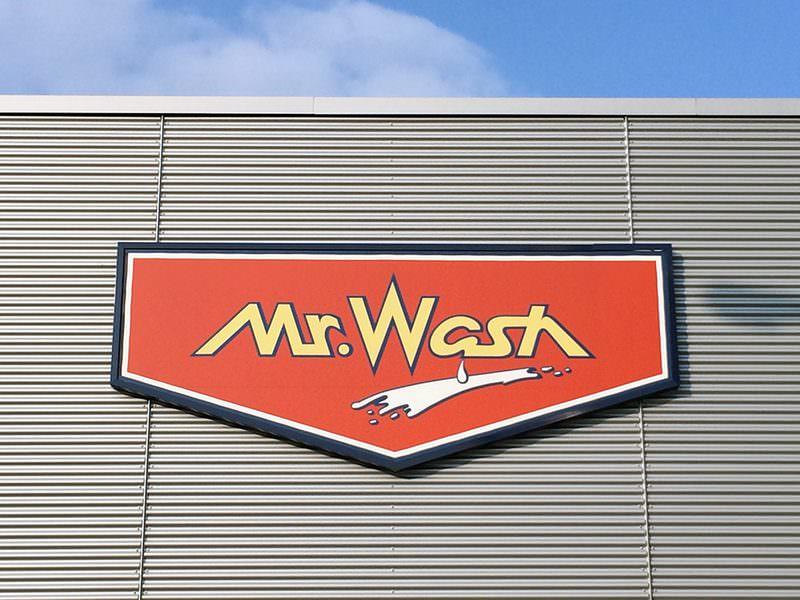 Mr. Wash Mannheim Warmwasser per Solaranlage