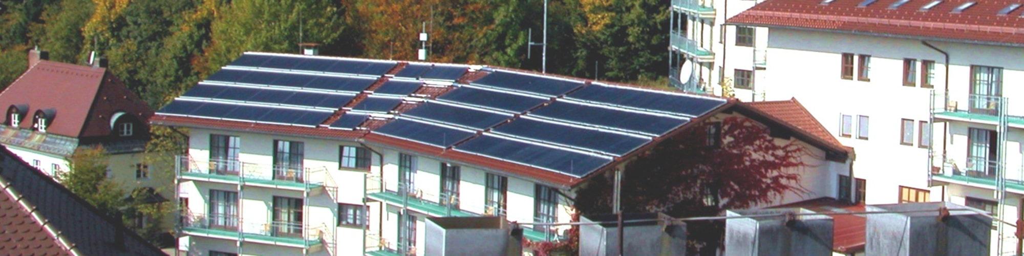 Wärmenetz mit Solar: Asklepios Klinik Schaufling
