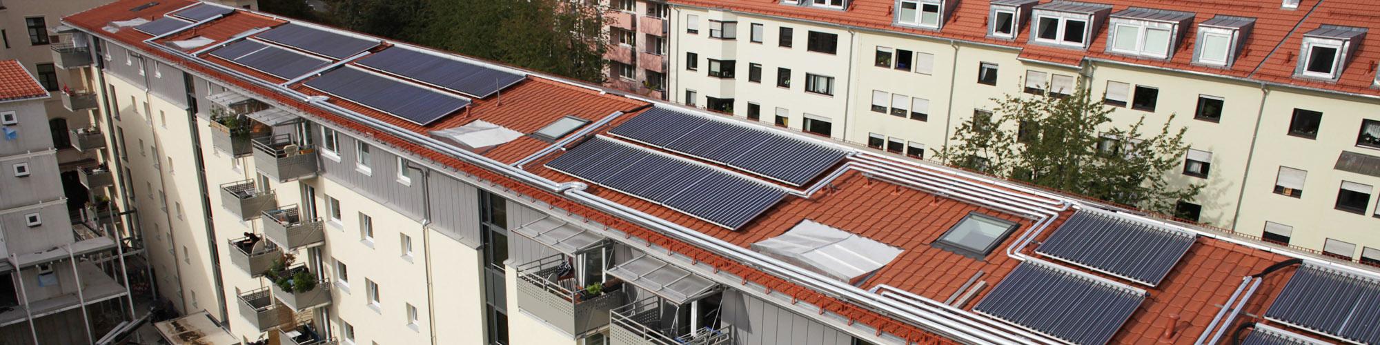 Solares Heizen einer Wohnanlage in München